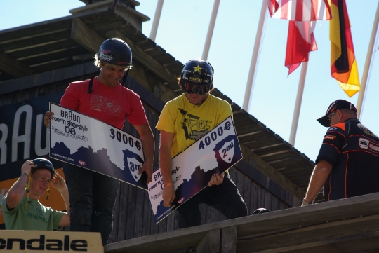 Avoriaz roof'an slopstyle