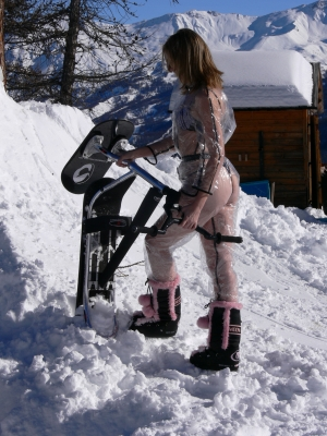 SNOWSCOOT BABE