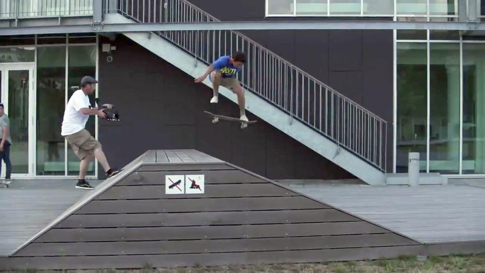 b011ca8004 Vidéo Vans Skate EMEA - Copenhagen Tour - Ross McGouran and Daan Van Der  Linden